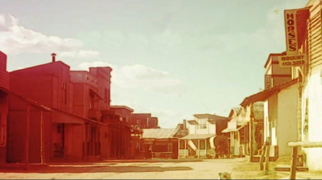 ESPLUGAS CITY (Studios Balcazar), Barcelone.  Esplugues%2BCity%2B01
