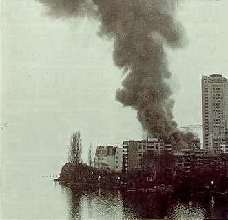 Smoke on the Water, Montreux by angi. Frank-zappa-incendie_casino