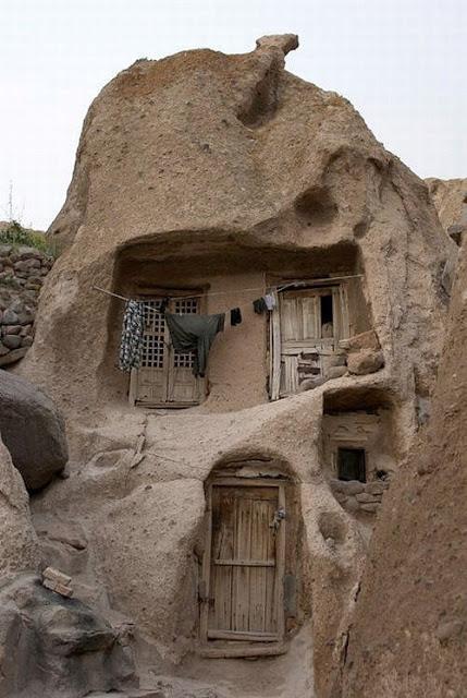 வரலாற்று சிறப்புமிக்க படங்கள் .... - Page 8 Iran_03