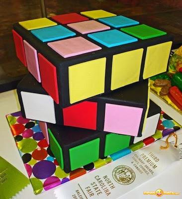 NEOBICNA UMETNOST - TORTE Original-creative-cake-10