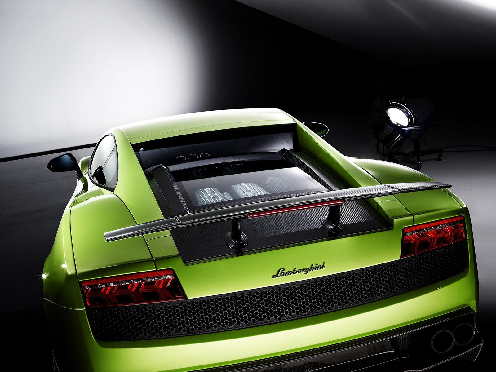 2011 Lamborghini Gallardo LP570-4 Superleggera Lamborghini-Gallardo-LP570-4-Superleggera_2011_09