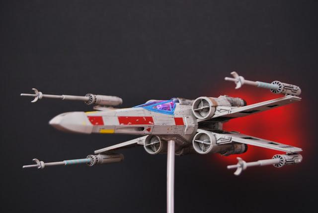 X-wing 1/48 fine modls avec lumieres DSC_0795