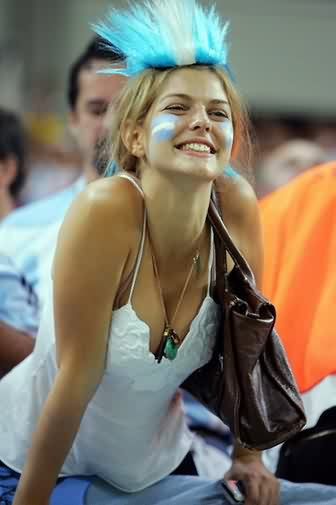 El topic del conflicto con Argentina - Página 2 Beautiful-Girl-Argentina-753366