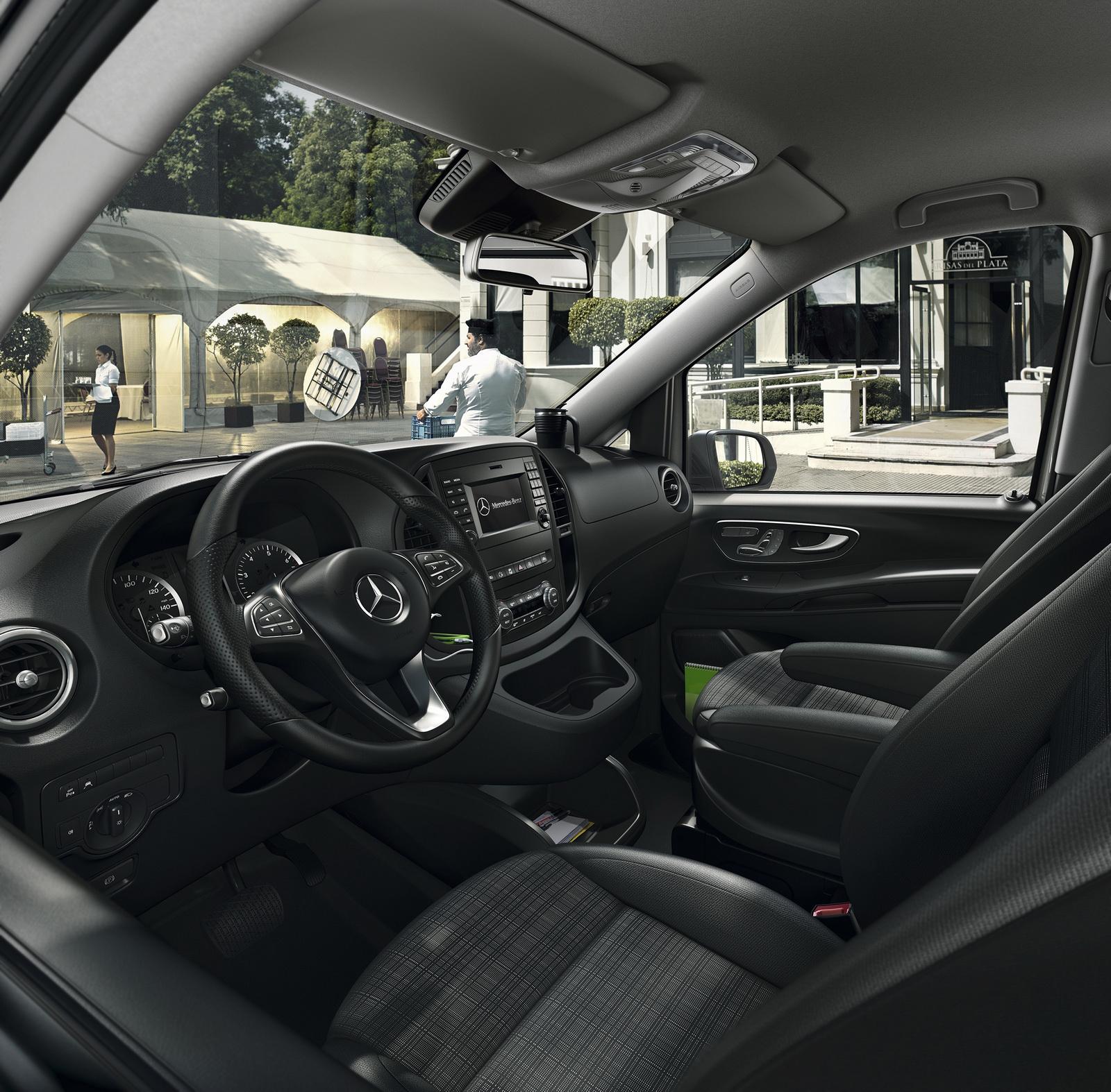 2014 - [Mercedes] Classe V/Vito - Page 10 Mercedes-Benz-Metris-50