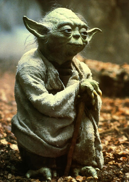 figurine Yoda - l'empire contre attaque Yoda_mester