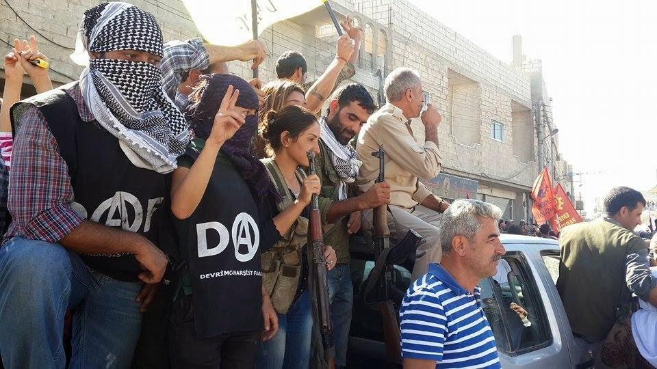 Kurdistan - Page 2 Daf-in-kobane