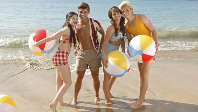 [Disney Channel Original Movie] Teen Beach 2 (2015) Teen_beach_movie_a_l