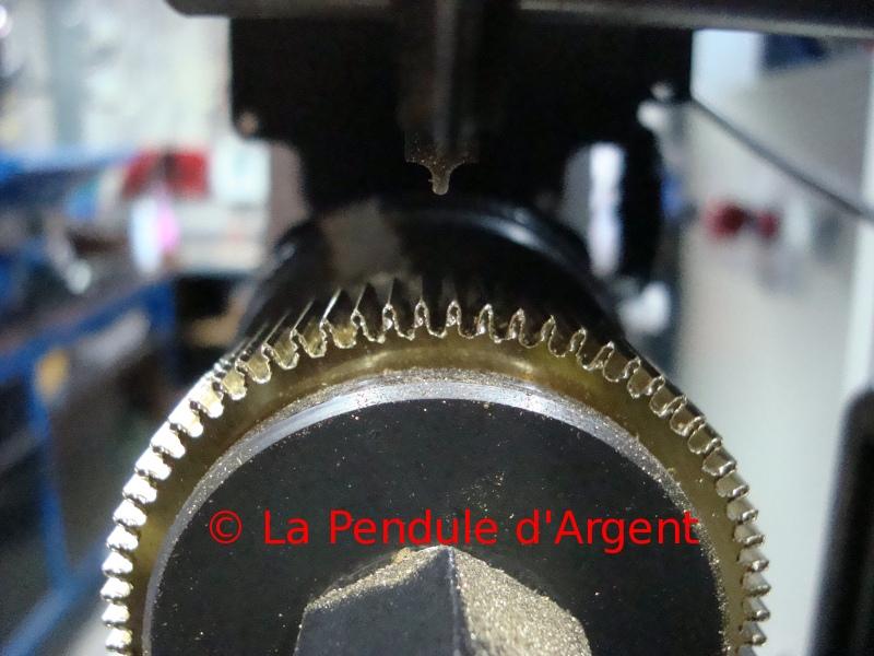 Production d'un mécanisme d'horloge , post #2 le taillage des roues Taillage11-reduit