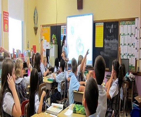 بمناسبة بدء الدراسة: كيف تكون معلما ممتازا ؟ تدير صفك ببراعة Ai1