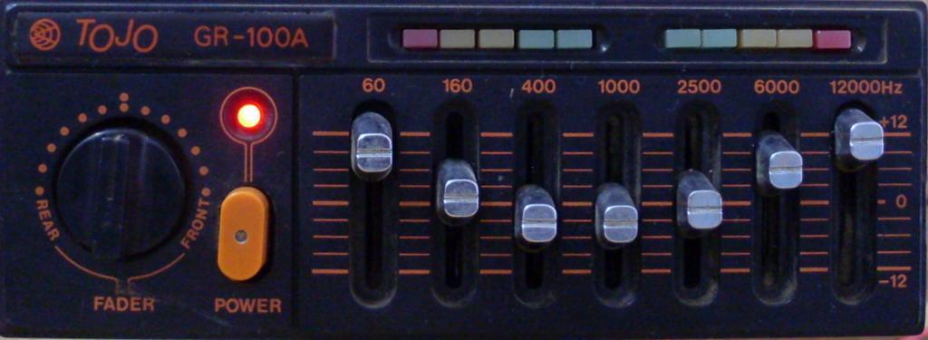 Amplificador - Eu no meio de 3 Guitarras EQUALIZADOR-TOJO-GR100-A_1024x375