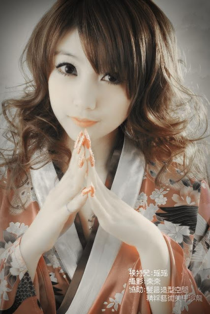 Chơi cùng Google - Page 6 Gallery.anhmjn.com-Kimono-A-girl-or-a-doll-003