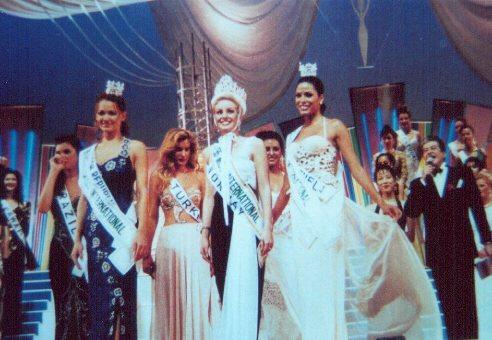 Miss International 1995: Anne Lena Hansen of Norway Bs-int95b