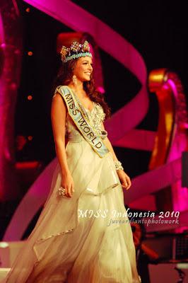 Kaiane Aldorino - Miss World 2009- Official Thread (Gibraltar) - Page 4 Aldorinod