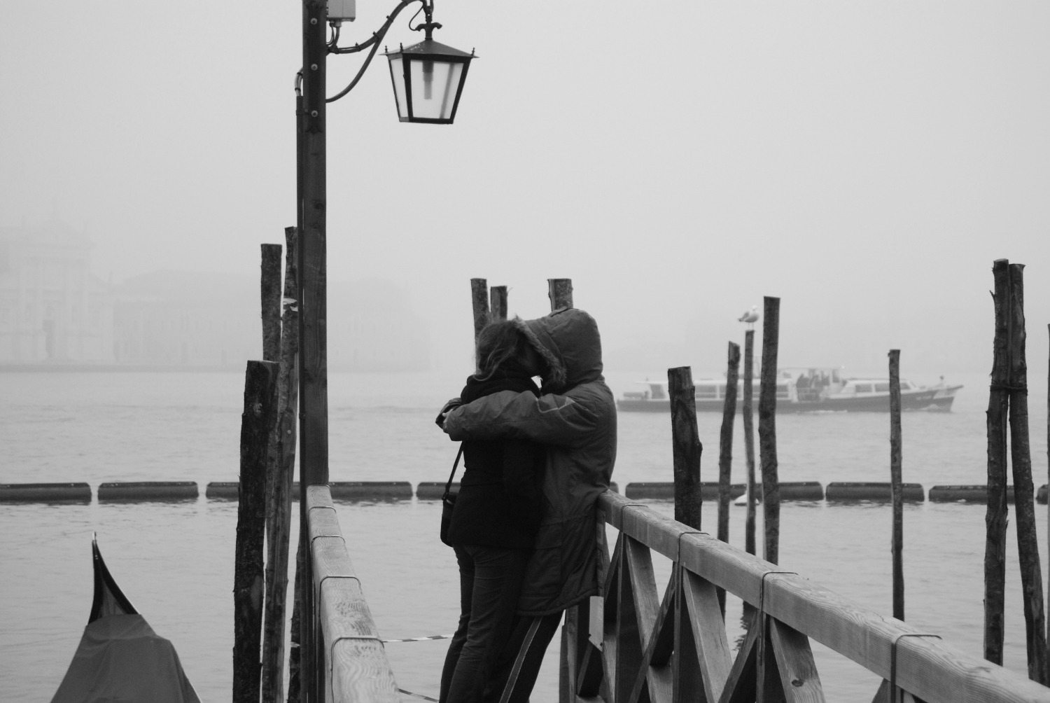 'What Would He Say' goes to Venice to see George at the film festival - Page 7 Venezia-nebbia