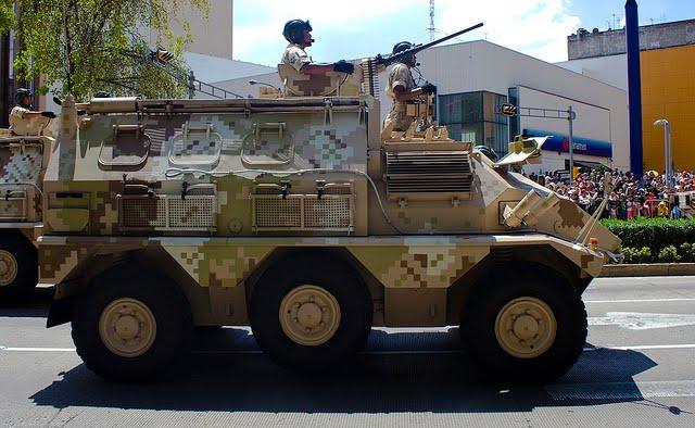 Ejército Mexicano Panhard%252BVCR%252BTT%252B%2525285%252529