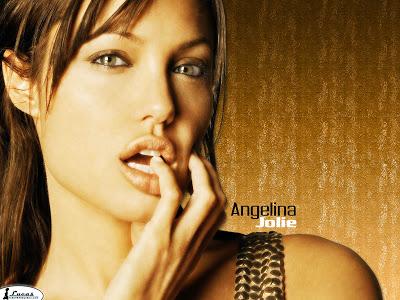 Juego: ^ Logo!! - Página 2 Angelina_jolie_136