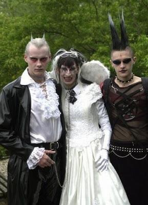 عرسان اخر زمن Funny_wedding_pictures_80