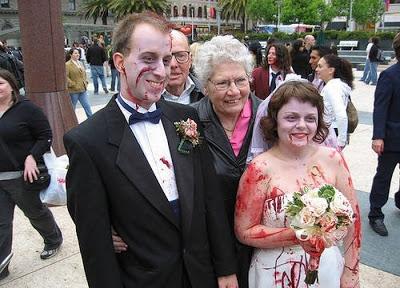 عرسان اخر زمن Funny_wedding_pictures_41