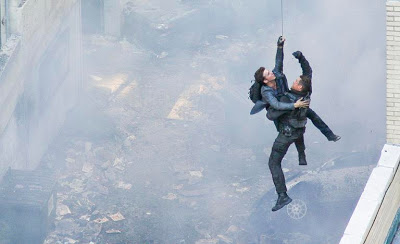 TRANSFORMERS 3: The Dark of the Moon (2011)... Spoiler/Rumeurs [page 2] - Page 3 TF3ChicagoParkingLotPixel5