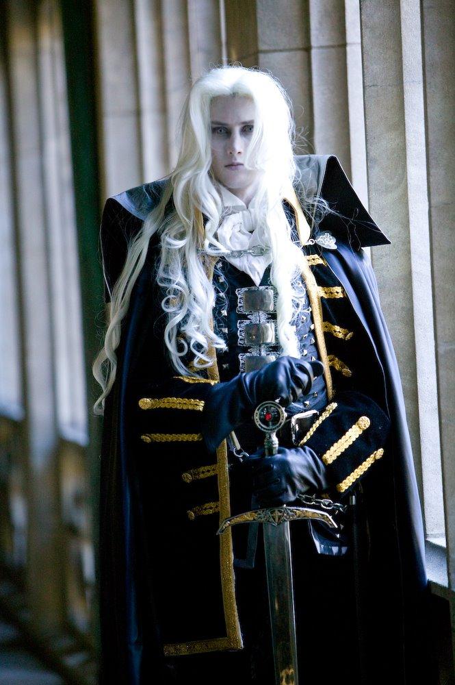 Cosplay Castlevania Alucard