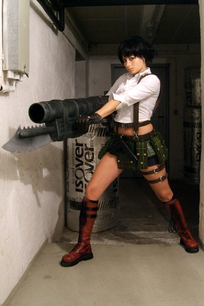 Cosplay Devil May Cry Lady_01