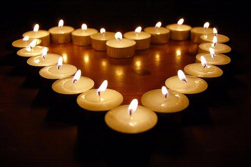 Una candelina La-festa-delle-candele