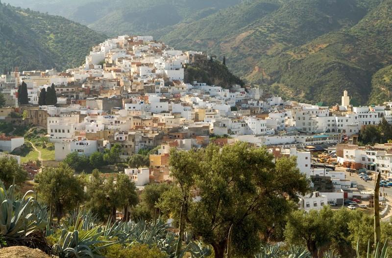 طنجة مدينة مغربية رائعة الجمال  M1jd7