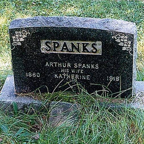 Epitaf - Page 3 Spanks