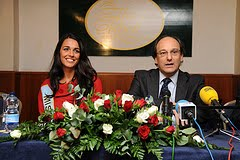 Kaiane Aldorino - Miss World 2009- Official Thread (Gibraltar) - Page 2 4192717525_a446b90308_m