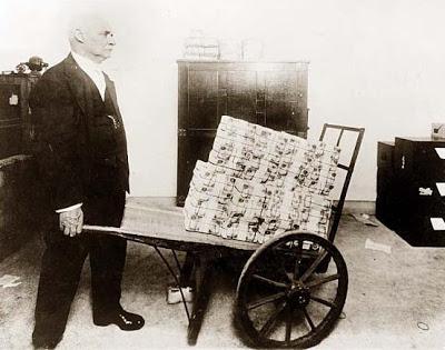 Olivier Delamarche - 08 Janvier 2013 Hyperinflation1923