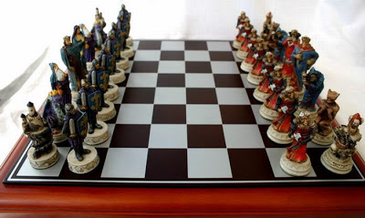chess board டிசைன்கள் Unusual-chess-boards-11