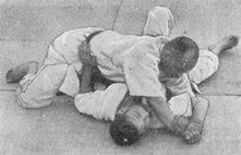 Judo Kyohan: A Master Text : by Sakujiro Yokoyama, Eisuke Oshima Y%2520Ude%2520Garami