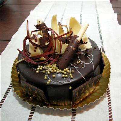 HAPPY BIRTHDAY SPARKLE ChocolateBirthdayCake