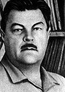 El corazón de la serpiente - libro de relatos de ciencia ficción de Iván Efremov (o Yefremov) - formato RTF - en los mensajes: biografía del autor soviético y extracto de uno de sus relatos Ivan_efremov1