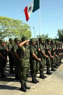 Guerra en San Luis Potosí - Noticias. - Página 9 Ejercito
