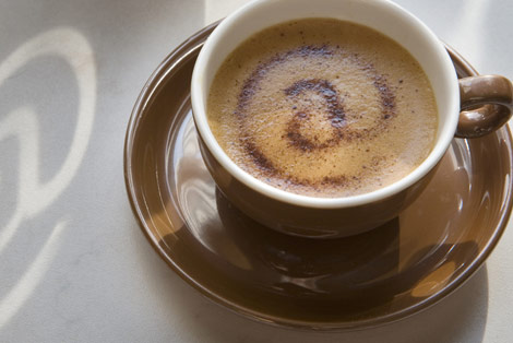 ¿ Nos tomamos juntos un café ? Internet-cafe