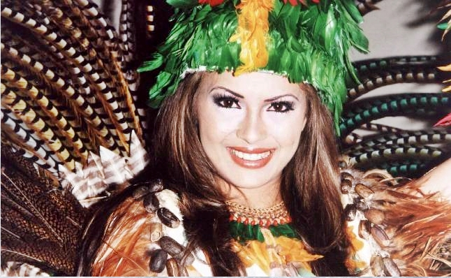 Priscilla Meirelles ( MISS EARTH 2004 ) - Page 2 MissBrasilGlobe%252BPriscilla%252BMeirelles%252BNational%252BCostume%252BMarcelo%252BDias