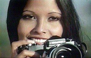 Laura Gemser (1950 ....) 300px-Laura_Gemser_in_Emanuelle_nera