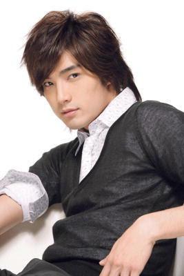 Майк Хэ / Mike He Jun Xiang / 賀軍翔 A2ecdf7ffd3190_full