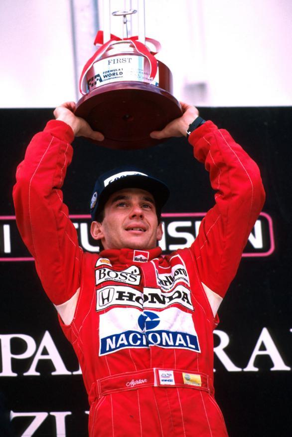 """Ayrton Senna Biografia"" Foto-de-ayrton-senna-9%5B1%5D"