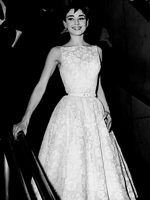 Abiti indossati da Audrey Hepburn Audrey-hepburn_l