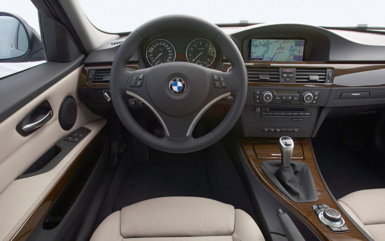 اجمل صور للسيارة الفخمة BMW 2011-bmw-5-series-interior