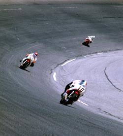 Lendas do Moto GP Giacomo_Agostini2_s