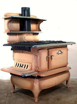 பழமை மாறாத கணப்படுப்புகள் {Antique Stove} Antique-stoves-07