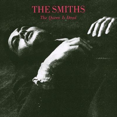 Descubrele un disco al foro The-queen-is-dead-cover
