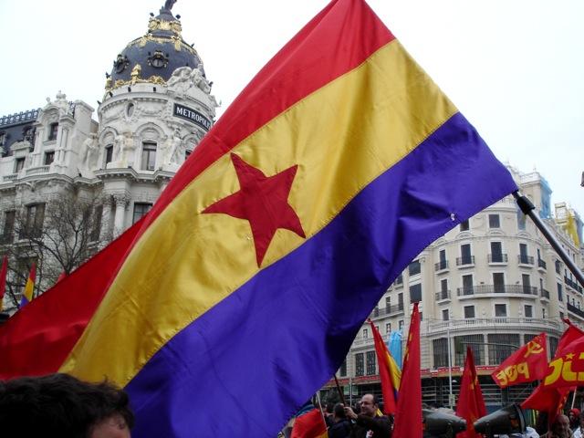 donde compro una bandera comunista? Dsc02992