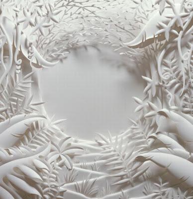 பேப்பரில் இப்படியும் செய்ய முடியுமா ? Paper-sculptures-08