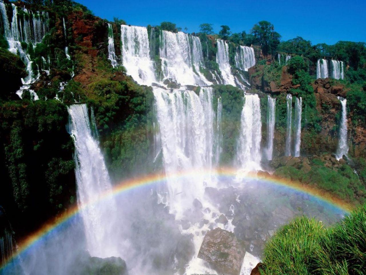Caídas de agua en la naturaleza. Cascadas-3