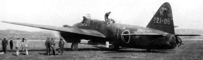 Yokosuka Ohka: o avião-foguete kamikaze japonês  Yokosuka-okha-baka-mitsubishi-betty-01