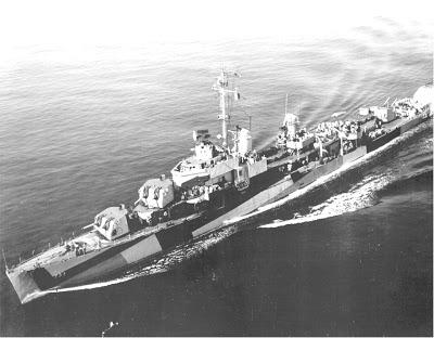 Yokosuka Ohka: o avião-foguete kamikaze japonês  USS_Mannert_L._Abele_DD-733